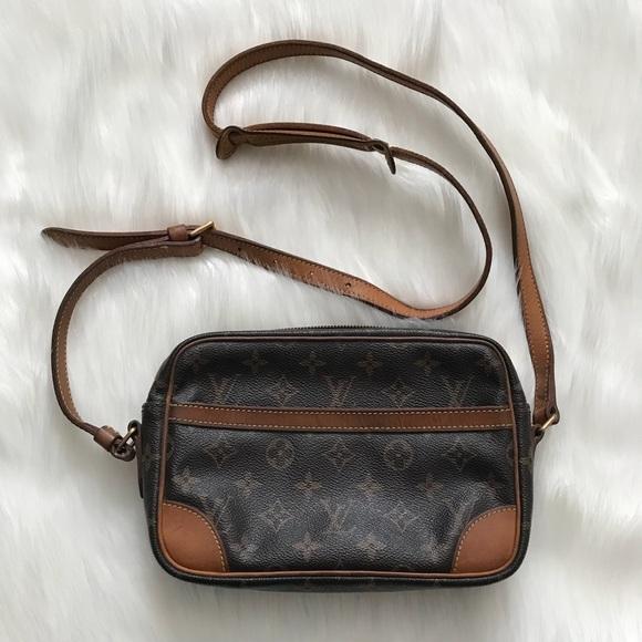 352e3eb8a538 Louis Vuitton Handbags - LOUIS VUITTON Vintage Trocadero 23 Crossbody